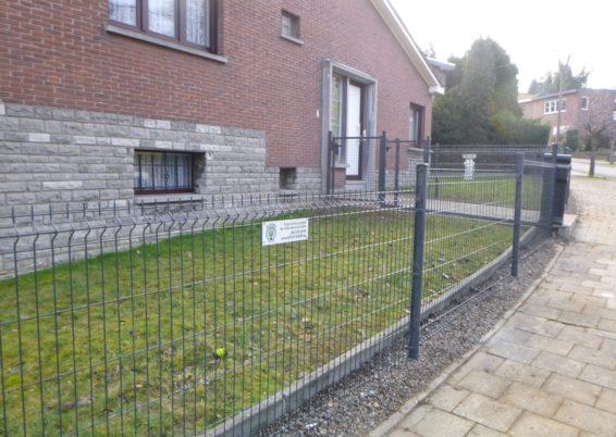 Remplacement d'une clôture canadienne par une clôture rigide à Seraing