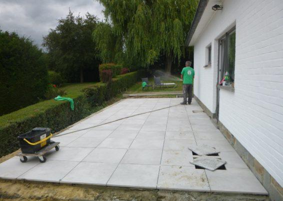 Construction d'une terrasse surélevée à Plainevaux