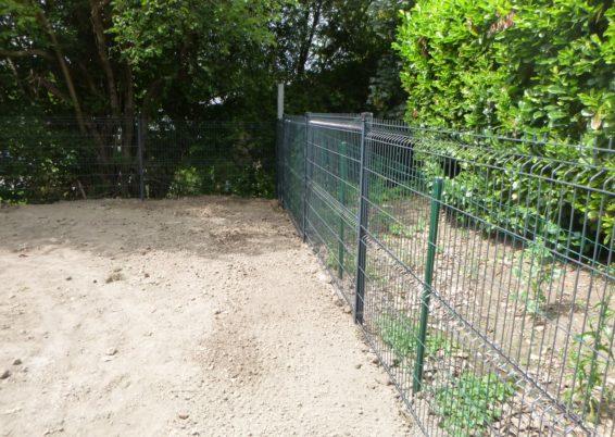 Placement d'une clôture rigide autour d'une propriété à aywaille.