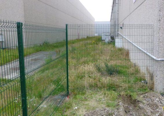 Installation d'une clôture de sécurité à l'aéroport de Liège Bierset….