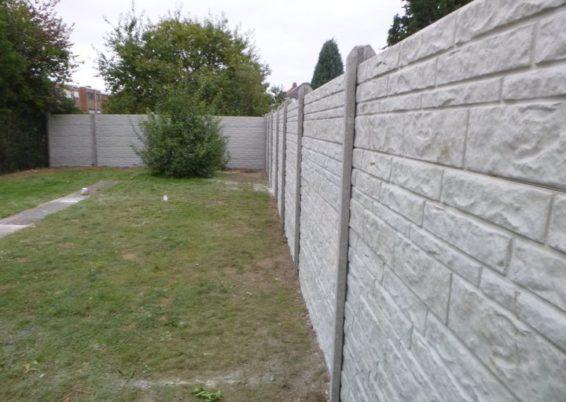 Remplacement des clôtures autour d'un jardin à Alleur